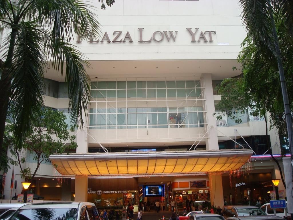 low yat Low yat plaza, bukit bintang.