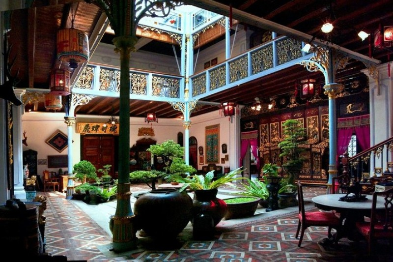 baba and nyonya culture in penang At the pinang peranakan mansion this baba-nyonya museum is also housed in one of penang's heritage mansion of eclectic design and architecture built at.