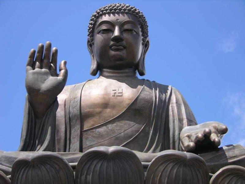 the relationship of the statue of buddha with the religion of buddhism The relationship between buddhism & christianity we know that buddhism originated with shakyamuni buddha in india and spread to is buddhism a world religion.