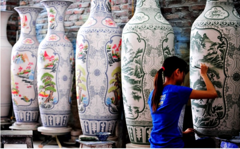 http://img5.arrivo.ru/cfcd/08/7009/6/hanoi_shopping_ceramics_1.jpg