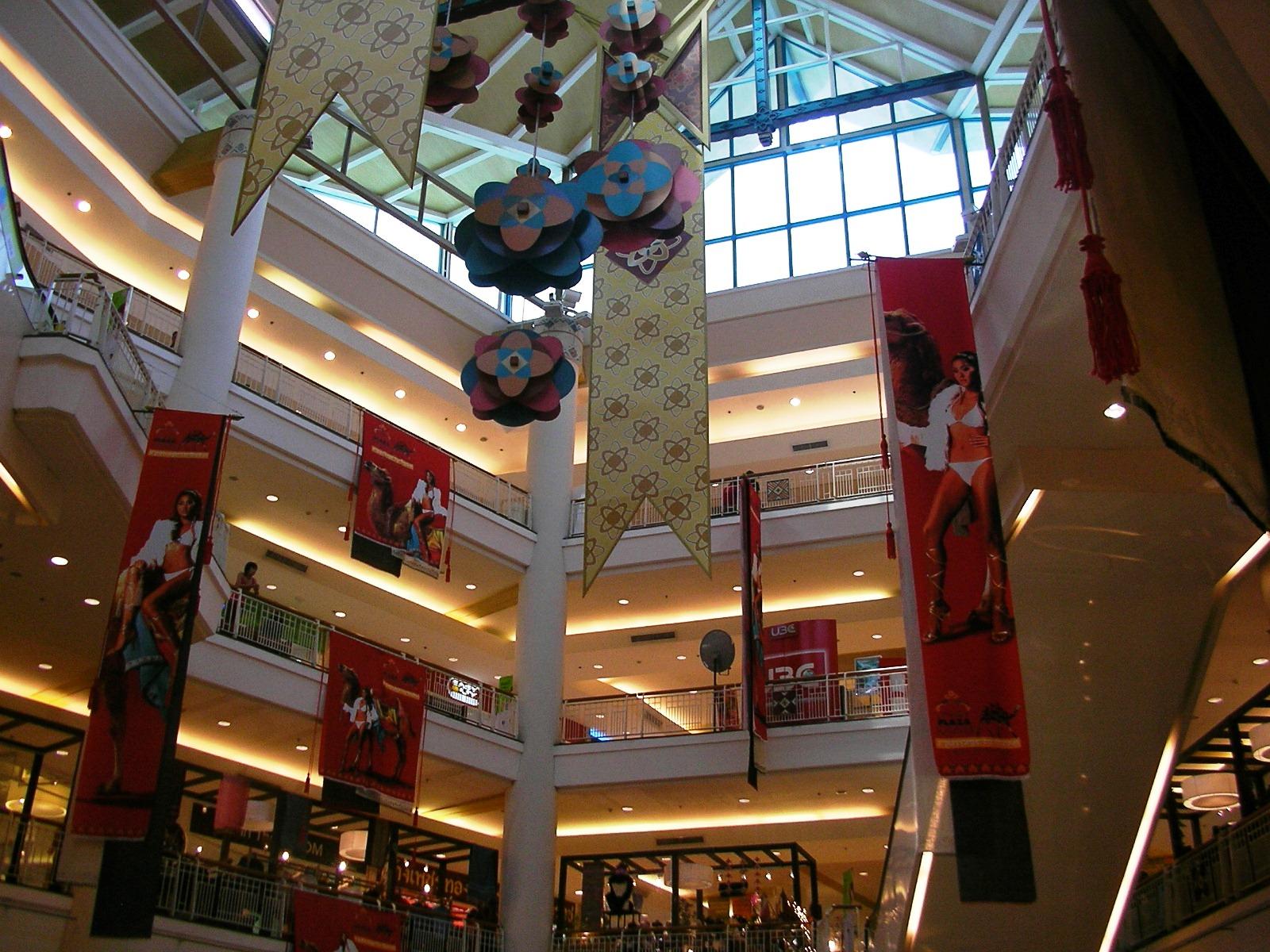 Season fashion mall chiang mai 32