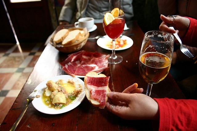 Приятные дружеские встречи за аппетитной пиццей в лаунж-баре pina colada!!!